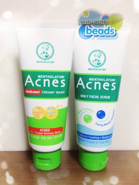Facial scrubs acne