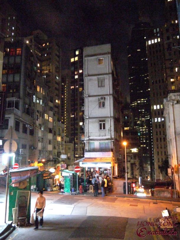 Ena HK2 25 Night Walk3