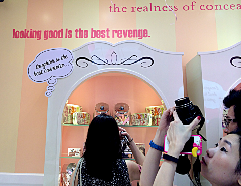 Benefit Westgate Opening Wall Enabalista