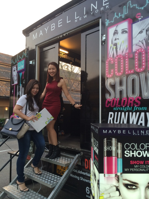 Watsons on Wheels Maybelline Truck Exterior 1 Blogger Enabalista