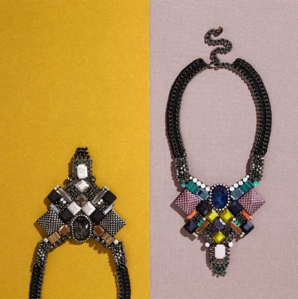 NOCTURNE_LOOKBOOK_MAYSAM_MONO_NECKLACE_MAYSAM_NECKLACE_PG5_leader_picture