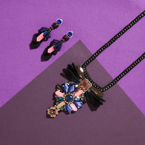 NOCTURNE_LOOKBOOK_RUAEARRINGS_RUANECKLACE_PG4_leader_picture