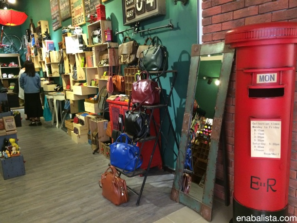 Sects_Shop_Orchard_Gateway2014-05-04 16.39.02_new